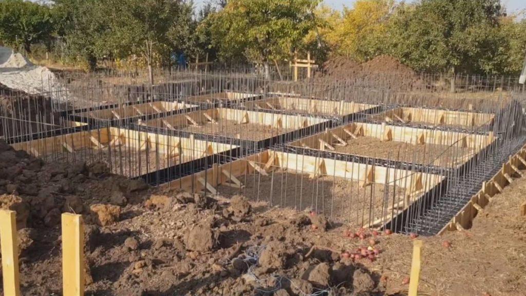 Укладка-бетона-бетононасосом-3